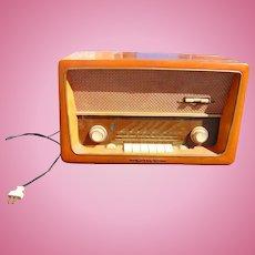 Groovy German Radio Emud Senior 60 AM FM SW 1950's