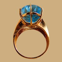 Dazzling Blue Topaz Ladies 10kt. Gold Ring Custom hand-picked Robin's Egg Sky Blue Stone