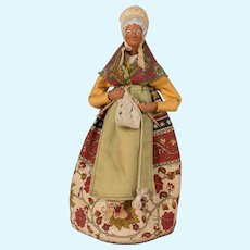 French Santon de Provence or Nativity Statue of an Old Woman Knitting