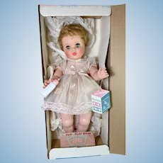 """Vintage 1950s American Character 23"""" Baby Toodles with Peek-A-Boo Eyes Mint in Box"""