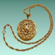 """Heirloom Locket"" Pendant Necklace - Sarah  Coventry 1972"