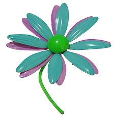 Flower Power Daisy Pin with Movable Parts