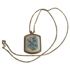 Avon Blue Daffodils Picture Pendant Necklace