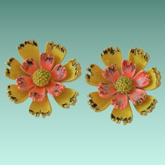 Signed ART Daisy Flower Clip Earrings.