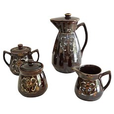 Japanese Redware Moriage Four Piece Tea Serving Set