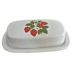 McCoy Strawberry Country Line Quarter Pound Butter Dish 1979