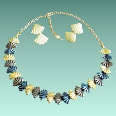 Sarah Coventry 1970's Necklace and Post Earrings Set