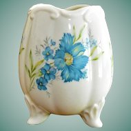 Inarco Japan E - 4778  Tri Footed Egg Vase Blue Flowers