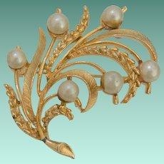 Signed Lisner Foliate Motif Faux Pearls Brooch Pin
