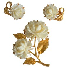 White Roses Motif Brooch Pin and Clip Earrings Set