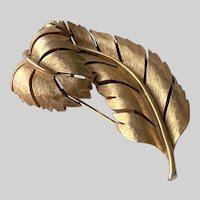 Signed Crown Trifari Florentine Curled Leaf Brooch Pin