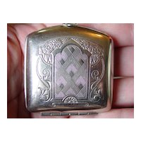 Vintage  1920's to 1930's Art Deco Compact