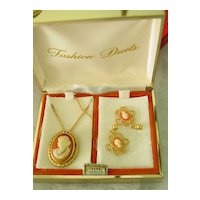 Fashion Duets Faux Jewel Cameo Necklace w Matching Earrings