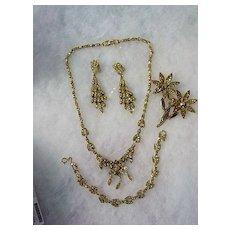 Hollycraft 5 piece Full Parure of Golden Mirror Rhinestone Floral Leaf Design