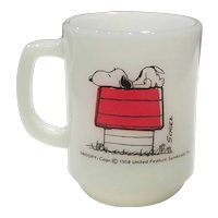 """Fire King - Anchor Hocking Snoopy Mug with """"I Think I'm Allergic to Morning"""""""