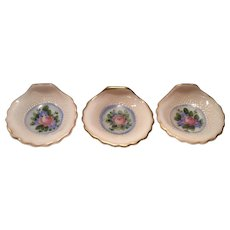 "Cambridge Crown Tuscan Three 3"" #SS34 Sea Shell Nuts or Ashtrays with Charleton Blue Mist Decoration"