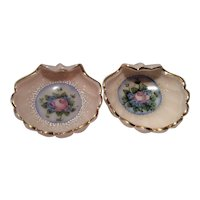 """Cambridge Crown Tuscan SS-33 - 4"""" Three-Footed Nut or Ashtray with Charleton Blue Mist Decoration"""