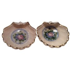 "Cambridge Crown Tuscan SS-33 - 4"" Three-Footed Nut or Ashtray with Charleton Blue Mist Decoration"