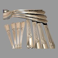 Vintage 1932 ART DECO Wm. Rogers GUILD aka CADENCE Silver Plate Flatware Dinner Service for 4 or 8