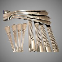 Vintage 1932 ART DECO Wm. Rogers GUILD aka CADENCE Silver Plate Flatware Dinner Service for 4, 8, 12, 16