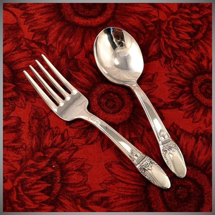 Unused Baby Toddler Fork Spoon Set 1847 Rogers Bros First Love Vintage 1937 Art Deco Silver