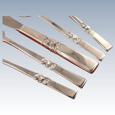 Traditional Lunch or Dinner Service Morning STAR Floral Silverware Set for 4, 8, 12, 16, 20 Vintage 1948 Silver Plate Oneida Community Flatware