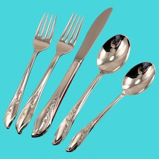 SPRINGTIME 5 pc. Place Setting Silverware Set Dinner Service International 1847 Rogers Bros Vintage 1957 Silver Plate Flatware Silverplate