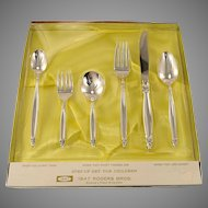 6 Piece Unused Childrens Youth Baby Toddler Step-Up Set Vintage 1847 Rogers Bros. GARLAND 1965 Silver Plate