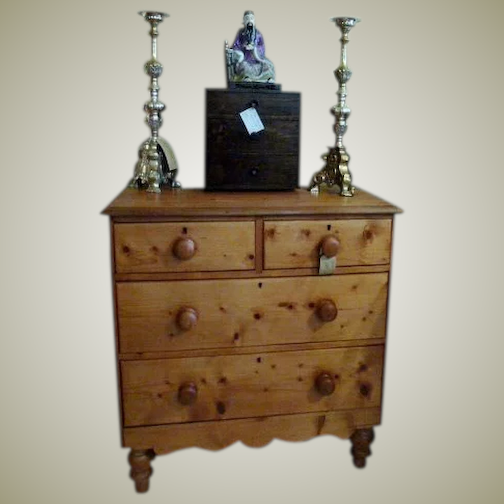 new concept 363d6 6f3e2 Antique Pine Chest of Drawers Victorian 19th Century.