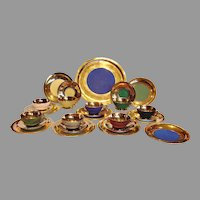 """French Haviland Limoges Lunch Set 8 Cups Scrs 9 Plates 7.25"""" (8 Trios) 1 Charger Platter 12"""" Matte Colors w Gold Pate Ivorie c 1936 - 1945"""