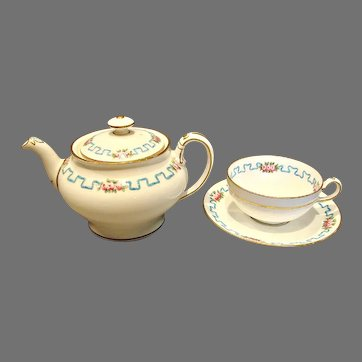 English Minton Staffordshire Demitasse Solitaire Teapot w Cup Saucer Pink Roses c 1902-1911