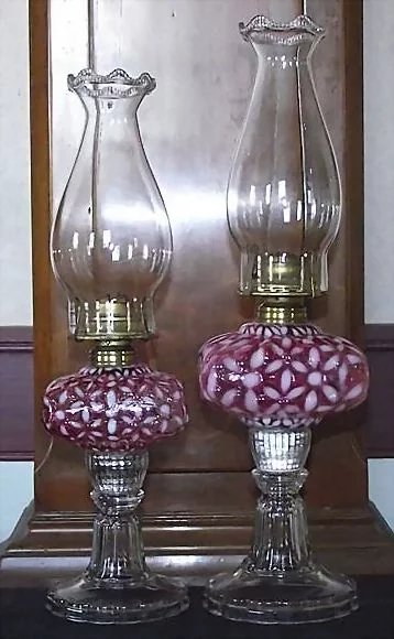 Rare Hobbs Small Quot Cranberry Snowflake Quot Oil Lamp With Glass