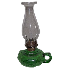 Green 12 Panel Finger Oil Lamp !!! Circa 1900.