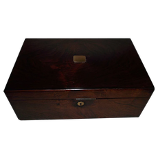 """Rosewood Travel Desk with English marked """"NETTLEFOLD * VR PATENT"""" below a crown on the Brass Lock with 3 Secret Compartments  !!! Circa 1837 to 1860's."""