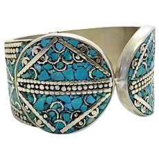 Crushed Turquoise Low Grade Silver Hinged Bracelet