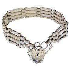 Vintage Alistair Stewart Jewelers London Sterling Silver Gate Link Bracelet & Heart Padlock British Hallmarks