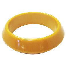 Vintage Early Plastics Butterscotch Yellow Bakelite Geometric Sloped Chunky Bangle Stackable Bracelet Collector's Piece