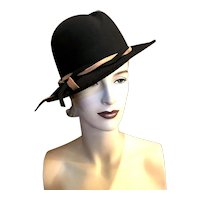 Vintage 1940s Wide Brim Womens Black Felt Fedora with Camel Tan Detail