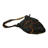 Victorian Era c. 1890 Hand Beaded Bag With Silk Lining