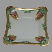 Hutschenreuther Selb Bavaria Grape Design Bowl (c.1920-1940)
