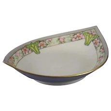 Hutschenreuther Favorite Bavaria Wild Rose Design Bowl (c.1910-1930's)