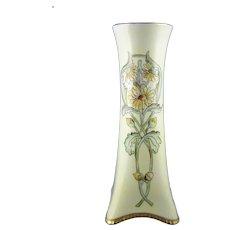 Heinrich & Co. Selb Bavaria Arts & Crafts Daisy Design Vase (c.1910-1930)