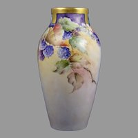 Wehinger Czechoslovakia Raspberry Design Vase (c.1918-1936)
