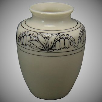 "Lenox Belleek (American) ""In-Process"" Floral Design Vase (c.1906-1924)"