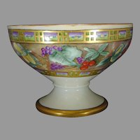 "Hutschenreuther Selb Bavaria Fruit Design Centerpiece Bowl (Signed ""Florence R. Hedge""/Dated 1928)"