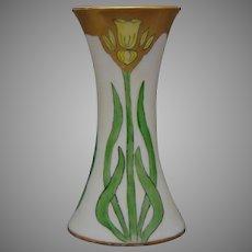 """Hutschenreuther Favorite Bavaria Daffodil Design Vase (Signed """"Margaret McGoen""""/Dated 1912)"""