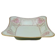 """Hutschenreuther Bavaria Floral Design Bowl (Signed """"H.V.W.""""/c.1912-1930) - Keramic Studio Design"""