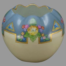 """TK Czechoslovakia Floral Design Vase (Signed """"SR Anysla""""/Dated 1923)"""