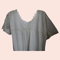 Antique c1910s Ladies Linen Night Gown, Pajamas with Pink Ribbon & Lace