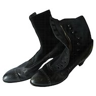 c1880 Victorian Ladies Wool & Leather Victorian Button Up Shoes, Boots